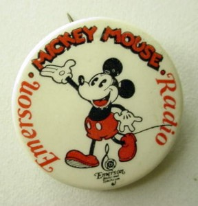badge-mickey-mouse-vintage-1930.jpg