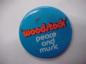 badges woodstock 1970 button 300x225 Woodstock
