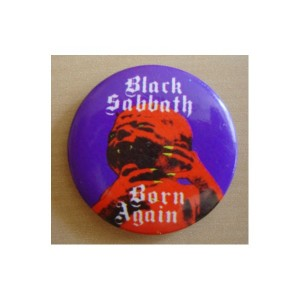 badge black sabbath born again 300x300 Les badges dans le rock