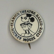 badge mickey ancien2 Les badges Mickey Club !!